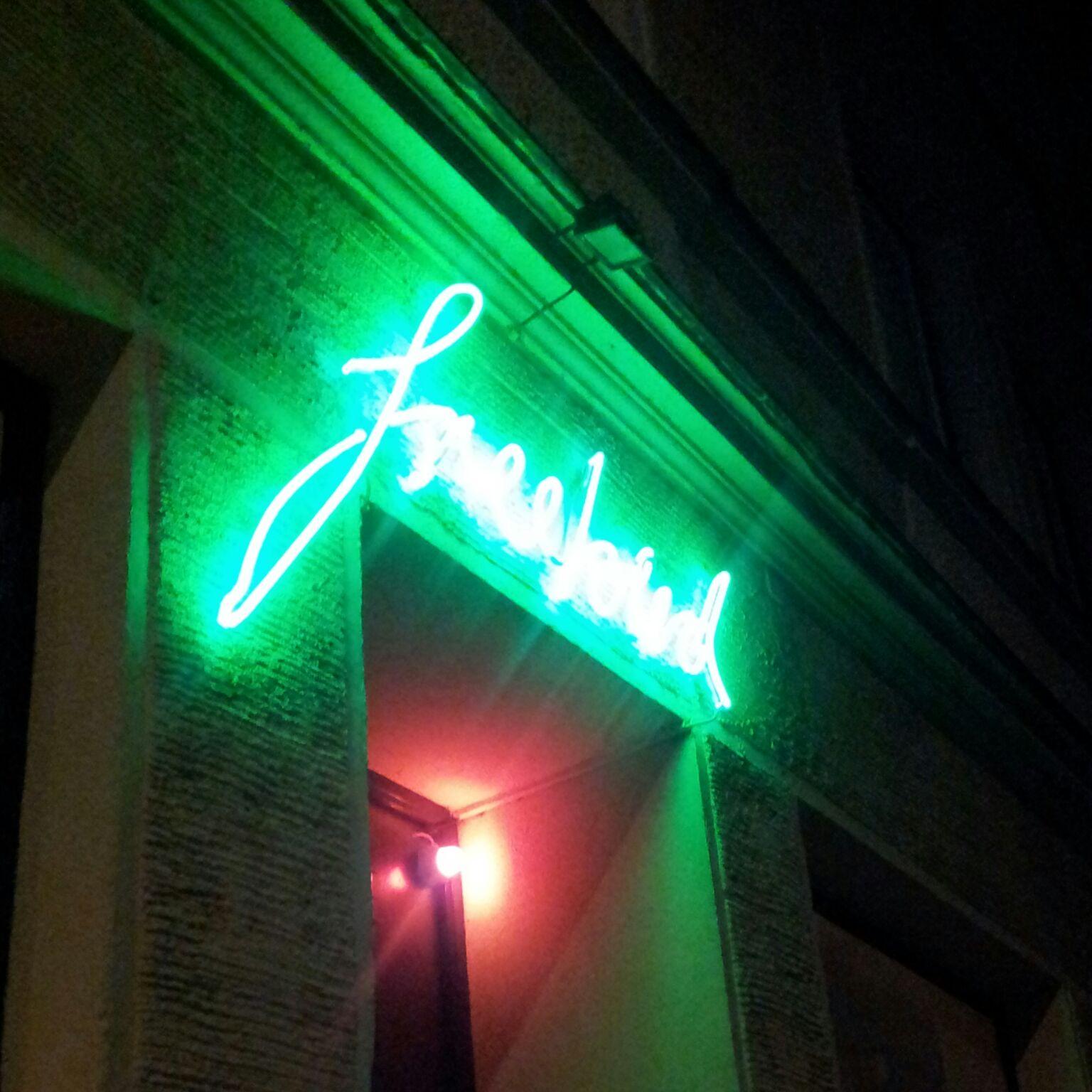 Eine Bar wie ein Song: Das Freebird